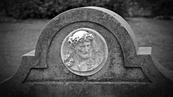 Uhradenie hrobového miesta